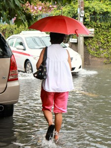 Rainy season floods... a regular occurrence while I was living in Bangkok!